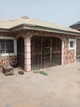 3 Bedroom Bungalow, Off Akala Express Road, Elebu, Challenge, Ibadan, Oyo, Detached Bungalow for Sale