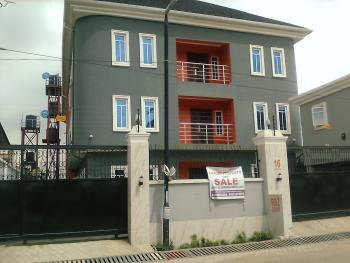 3 Bedroom En Suite, Anthony, Maryland, Lagos, Block of Flats for Sale