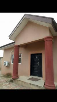 4 Bedroom Bungalow, Elebu Oluyole Extenssion, Challenge, Ibadan, Oyo, Detached Bungalow for Sale