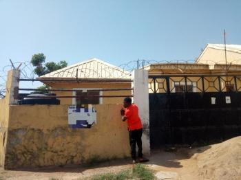 1 Bedroom Flat  to Let Around Mr Biggs Fha Lugbe, Around Mr Biggs Fha, Lugbe District, Abuja, Mini Flat for Rent