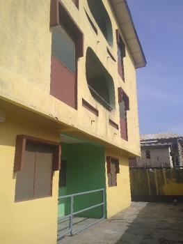 Spacious 3 Bedroom Apartment, Off Pedro Road, Shomolu, Lagos, Flat for Rent