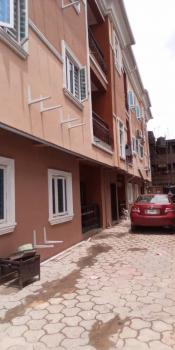 Executive 2 Bedroom,  3t & B, Wardrobe , Kitchen Cabinets, Tiled, Parking, Borehole, Upstairs (1st Floor Back), Off Apapa Road, Yaba, Lagos, Flat for Rent