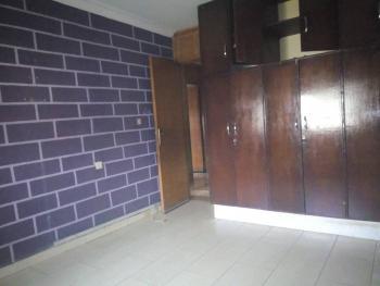 4 Bedroom Flat Upstairs, Lsdpc, Adekunle, Yaba, Lagos, Flat for Rent