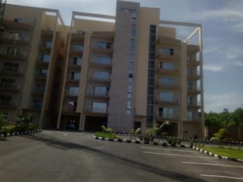 Luxury 3 Bedroom Flat with a Bq in Good Location. Serviced, Gaduwa, Abuja, Flat for Sale