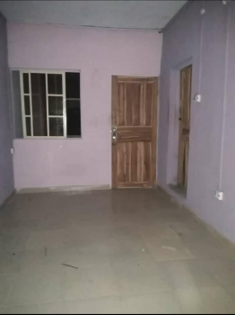 a Lovely and Spacious Room Self, Off Morris Str, Abule Oja, Yaba, Lagos, Self Contained (single Rooms) for Rent