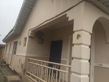 3 Bedroom Semi Detached Bungalow, Nia Quarters, Airport Road, Kiami, Lugbe District, Abuja, Semi-detached Bungalow for Sale