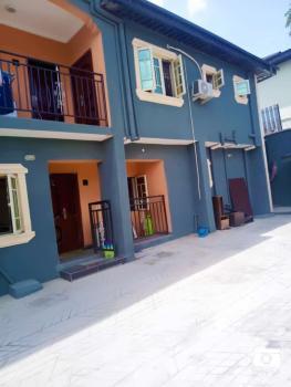 Charming 2 Bedroom Apartment, Omole Phase 1, Ikeja, Lagos, Flat for Rent