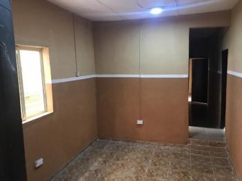 2 Bedrooms Flat, Ogunlana, Surulere, Lagos, Flat for Rent