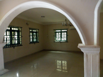 Luxury 2bedroom Flat with Excellent Finishing, Serviced with 24hours Power and Water., Zone 3, Wuse, Abuja, Mini Flat for Rent