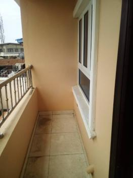 2 Bedrooms, Sabo, Yaba, Lagos, Flat for Rent