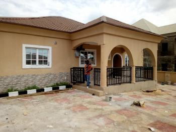 3 Bedroom Bungalow + Guest Room, Gwarinpa, Abuja, Detached Bungalow for Rent