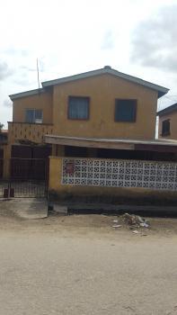 5 Bedroom  Duplex, Olukole Street, Off Olufemi  By Ogunlana Drive, Ogunlana, Surulere, Lagos, Detached Duplex for Sale
