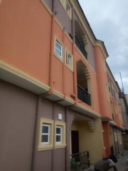 Luxury 3 Bedroom Flat, Off Olufemi Street, By Ogunlana Drive, Ogunlana, Surulere, Lagos, Flat for Rent