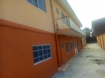 3 Bedroom Flat, Onike, Yaba, Lagos, Flat for Rent