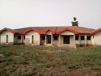 Hotel, Ogwashi-uku,delta State, Aniocha South, Delta, Hotel / Guest House for Sale