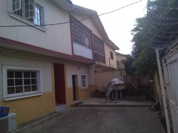 Spacious and Standard 4 Bedrooms Semi Detached Duplex with a Room and Parlor Bq, 3rd Avenue, Gwarinpa Estate, Gwarinpa, Abuja, Semi-detached Duplex for Sale
