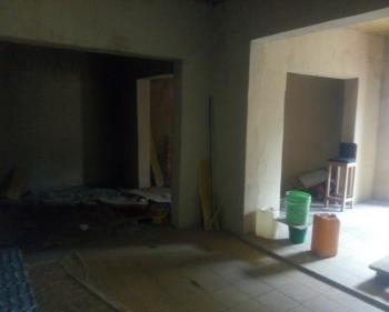 Open Space with Toilet at University Rd, Yaba, Saint Agnes, Yaba, Lagos, Office Space for Rent