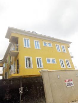 Mini Flat, Morocco Rd, Abule Ijesha, Yaba, Lagos, House for Rent