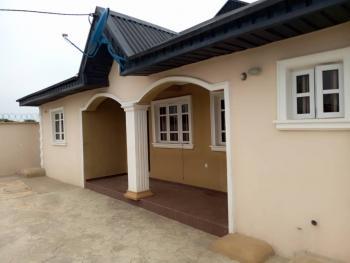 Luxury 3 Bedroom Flat, Akala Express Oluyole Extension, Challenge, Ibadan, Oyo, Flat for Rent