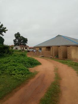 Distress Sale!!! Uncompleted Building on 658sqm of Land @ Odebunmi Layout,boluwaji Ibadan Lagos Express, Alakia, Ibadan, Oyo, Detached Bungalow for Sale