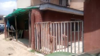 3 Bedroom Flat, Off Akerele Street., Ogunlana, Surulere, Lagos, Mini Flat for Sale