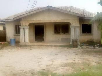 4 Bedroom Bungalow with 2 Shops, Selewu, Igbogbo, Ikorodu, Lagos, Detached Bungalow for Sale