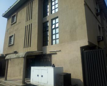 Functioning Hospital with Equipments, Onike, Yaba, Lagos, Office Space for Sale