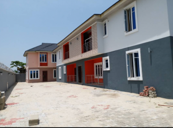Clean Luxurious Room and Parlour Self Contain, Alafia Estate, Bayeku Road, Igbogbo, Ikorodu, Lagos, Mini Flat for Rent