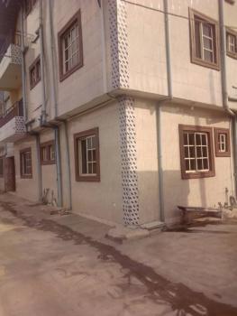 Modern Structure, (6)six Units of 3 Bedrooms Flat, Abule Ijesha, Yaba, Lagos, Flat for Rent