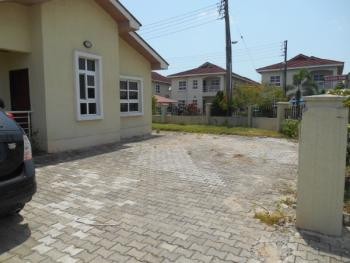 4 Bedrooms Bungalow, Napier Gardens, Lekki, Lagos, Detached Bungalow for Sale