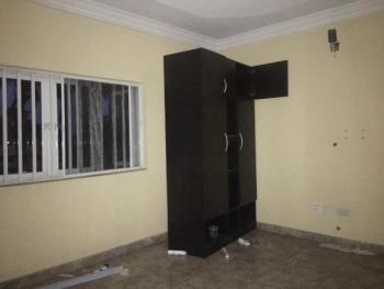 Self Con, Abule Oja, Yaba, Lagos, Self Contained (single Rooms) for Rent