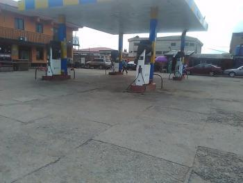 Functioning Filling Station on 1 Acre of Land., Alhjah Ashabi-cole Street Off Agidingbi Road., Alausa, Ikeja, Lagos, Filling Station for Sale