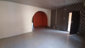 2 Bedroom Flat - Upstairs, Idado, Lekki, Lagos, Flat for Rent