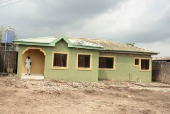 3 Bedrooms Flat with Approve Building Plan for Duplex in Front, 3 Bedrooms Flat with Approved Building for Duplex Infront at Alagbole, Akute, Berger, Arepo, Ogun, House for Sale