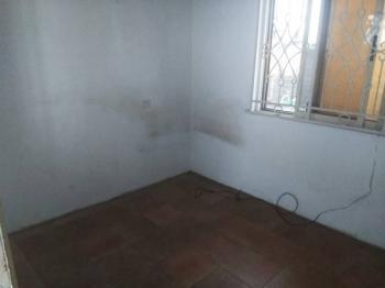 a Mini Flat with Kitchen Toilet, Off Omorere Johnson, Lekki Phase 1, Lekki, Lagos, Mini Flat for Rent
