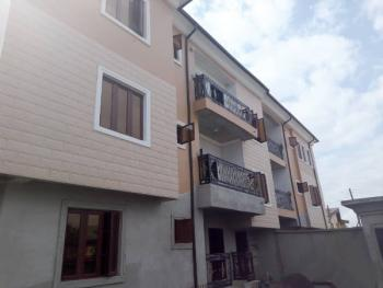 3 Bedroom Apartment, Green Field Villa, Ago Palace, Isolo, Lagos, Flat for Rent
