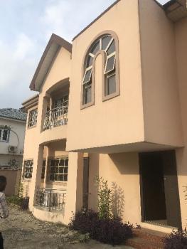 Spacious 3 Bedroom Flat with a Bq, Lekki Phase 1, Lekki, Lagos, Flat for Rent
