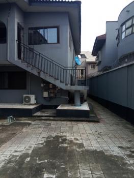 3 Bedroom Flat Upstairs Flat Spacious, Gra, Magodo, Lagos, Flat for Rent