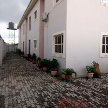 a Very Clean and Spacious Modern En Suites 3 Bedrooms, Fola Agoro, Yaba, Lagos, Flat for Rent