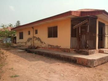 2 Bedroom Bungalow, Akoto Malu Area Off Elebu Akala Express, Ibadan, Oyo, Detached Bungalow for Sale