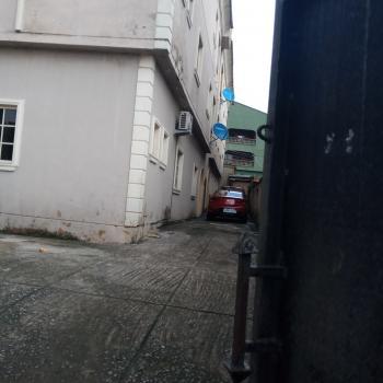 2 Bedrooms Flat, Emmanuel  High Street, Ojota, Lagos, Flat for Rent