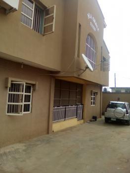 Decent 3 Bedroom, Egbeyemi St Close Beckley Estate, Ijaiye, Lagos, Flat for Rent