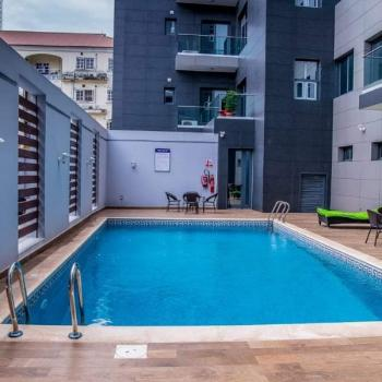 Luxury Units of 3 Bedrooms, Off Admiralty, Lekki Phase 1, Lekki, Lagos, Flat Short Let