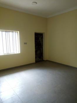 a Luxury 3 Bedroom Flat, Off Queens Road, Alagomeji, Yaba, Lagos, Flat for Rent