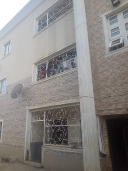 a Well Renovated 2 Bedroom Apartment, Katampe (main), Katampe, Abuja, Flat for Rent