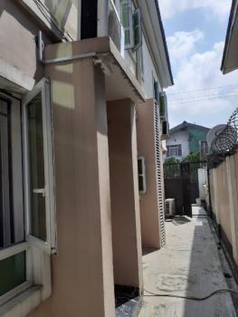 Exquisite 3 Bedrooms Apartment, Ogunlana, Surulere, Lagos, Flat for Rent