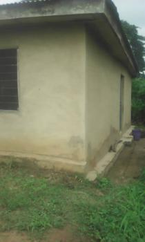 8 Rooms Tenement Building at Odeyale Ibadan, Mato Area, Odeyale Amuloko Ibadan, Ona Ara, Oyo, House for Sale