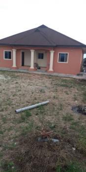 4 Bedroom Bungalow, Morekete Area, Close to Igbogbo Garage, Ikorodu, Lagos, Detached Bungalow for Sale
