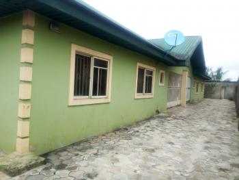 Luxury 3 Bedroom Flat, Luxury Specious 3 Bedroom Flat at with Federal Light at Queens Park Estate, Rumuduru, Port Harcourt, Rivers, Flat for Rent