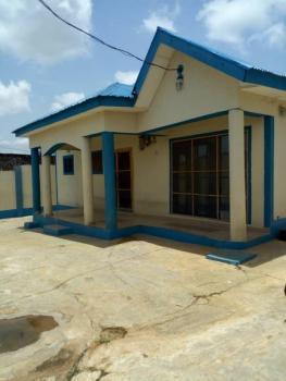 3-bedroom Bungalow, Dstv Area, Alao Akala Expressway, Odo-ona Elewe, Challenge, Ibadan, Oyo, Detached Bungalow for Sale